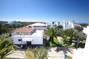 MIMI - Milfontes Miami Penthouse with rooftop infinity pool - Duna Parque Group, Aparthotels  Vila Nova de Milfontes - big - 17