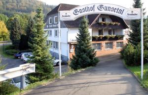 Hotel Restaurant Gunsetal, Hotels  Bad Berleburg - big - 17