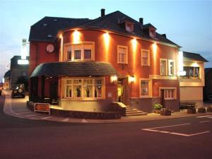 Hotel Restaurant Braas, Hotely  Eschdorf - big - 25