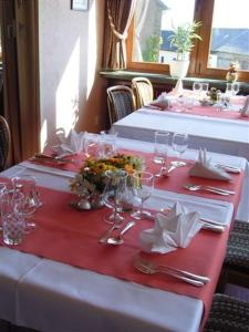Hotel Restaurant Braas, Hotely  Eschdorf - big - 16