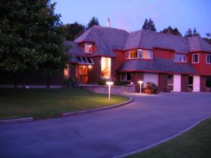Woodland Glen Lodge B&B, Bed & Breakfast  Hokitika - big - 1