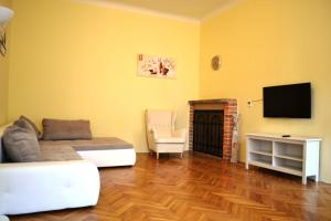 Sunflower 2BDR Flat By Ruterra - Prague