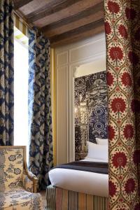 Hotel du Petit Moulin (28 of 48)