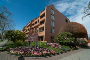 The Embassy Inn - Hotel - Victoria