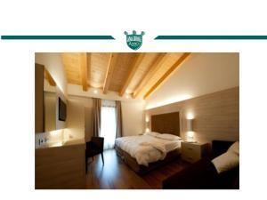 Trattoria Locanda Ai Tre Amici, Hotels  Mortegliano - big - 34