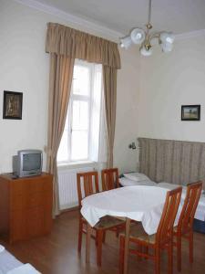 Arika Vendégház, Apartments  Gyula - big - 30