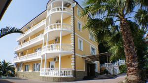 Olesya Loo Hotel - Luchezarnyy