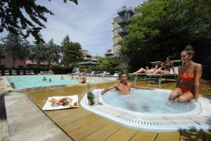 Club Hotel Le Nazioni - AbcAlberghi.com
