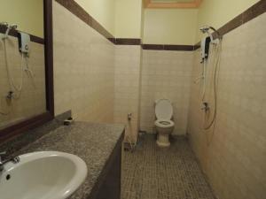 Golden Pearl Hotel, Hotels  Banlung - big - 57