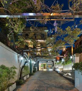Best Western Cinemusic Hotel - AbcAlberghi.com