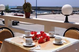 Hostales Baratos - Ariadni Hotel