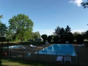 Location gîte, chambres d'hotes Camping de la Croix d'Arles dans le département Haute Marne 52