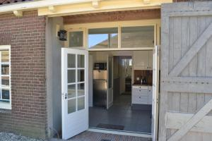 Louisehoeve Holiday Home, Дома для отпуска  Linschoten - big - 12