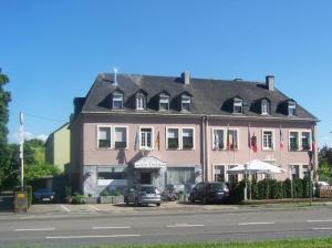 Hotel Am Ufer - Aach