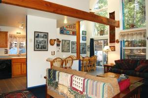 Bear Crossing - 2BR/1.5BA + Loft, Дома для отпуска  Вавона - big - 8