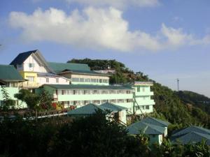 Kyaik Hto Hotel - The Golden Rock Pagoda