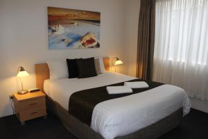 Beaches Serviced Apartments, Aparthotels  Nelson Bay - big - 17