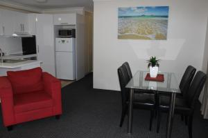 Beaches Serviced Apartments, Aparthotels  Nelson Bay - big - 46