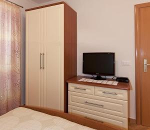Apartments Kapetan Jure, Apartmány  Brela - big - 222