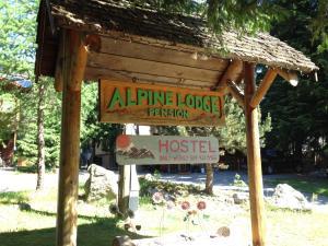 Alpine Lodge Whistler - Accommodation - Whistler Blackcomb