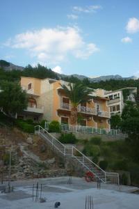 Apartments Kapetan Jure, Apartmány  Brela - big - 274