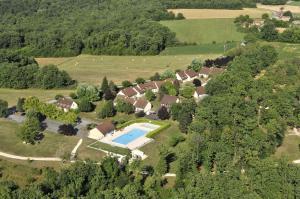 Location gîte, chambres d'hotes VVF Villages « Le Parc des Chênes » Sorges-en-Périgord dans le département Dordogne 24