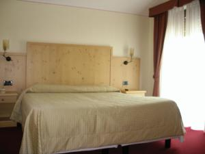 Hotel Ristorante Miramonti, Szállodák  Val Masino - big - 8