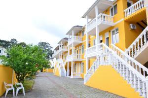 Отель Magnolia, Гонио