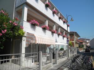 Hotel Eliani, Hotels  Grado - big - 41