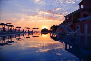 Hotel Elena Ermones, Hotely  Ermones - big - 1