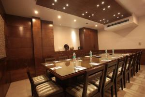 Justa MG Road Hotel, Szállodák  Bengaluru - big - 27