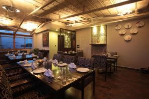 Justa MG Road Hotel, Szállodák  Bengaluru - big - 26