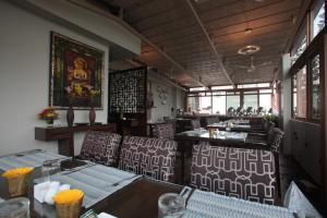 Justa MG Road Hotel, Szállodák  Bengaluru - big - 21