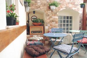 Hostel Yeti, 21300 Makarska