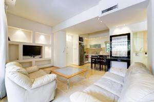 Tel Aviving Exclusive Apartments