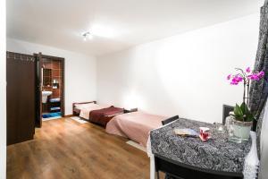 Apartamenty Prestige, Guest houses  Zakopane - big - 8