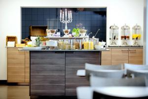 Hotell Conrad - Sweden Hotels, Hotely  Karlskrona - big - 40