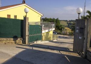 Il Terrazzo Delle Rondini, Отели типа «постель и завтрак»  Lapedona - big - 19