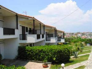 Villa Madeleine, Apartments  Nea Fokea - big - 56