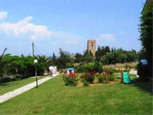 Villa Madeleine, Apartments  Nea Fokea - big - 33