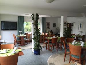 Niebuhrs Hotel, Hotels  Friedrichsdorf - big - 21