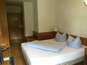 Niebuhrs Hotel, Hotels  Friedrichsdorf - big - 6