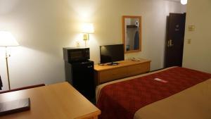 Econo Lodge Prineville, Hotels  Prineville - big - 18