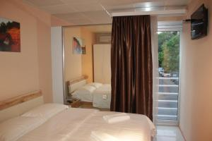 Hotel London Palace Tbilisi, Отели  Тбилиси - big - 25