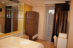 Hotel London Palace Tbilisi, Отели  Тбилиси - big - 23