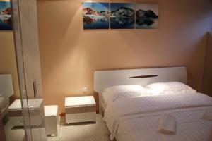 Hotel London Palace Tbilisi, Отели  Тбилиси - big - 83