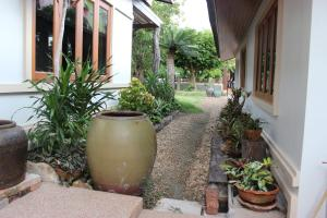 Tree Home Plus, Homestays  Nakhon Si Thammarat - big - 34