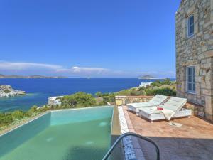 Eirini Luxury Hotel Villas, Виллы  Грикос - big - 35