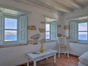 Eirini Luxury Hotel Villas, Ville  Grikos - big - 36