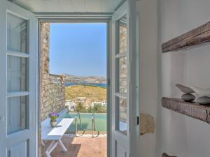 Eirini Luxury Hotel Villas, Виллы  Грикос - big - 37
